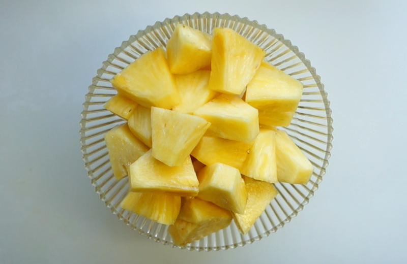 パイナップルの切り方-17