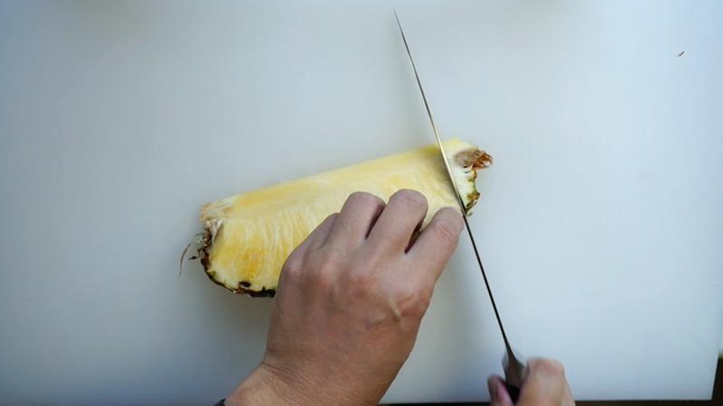 パイナップルの切り方-11