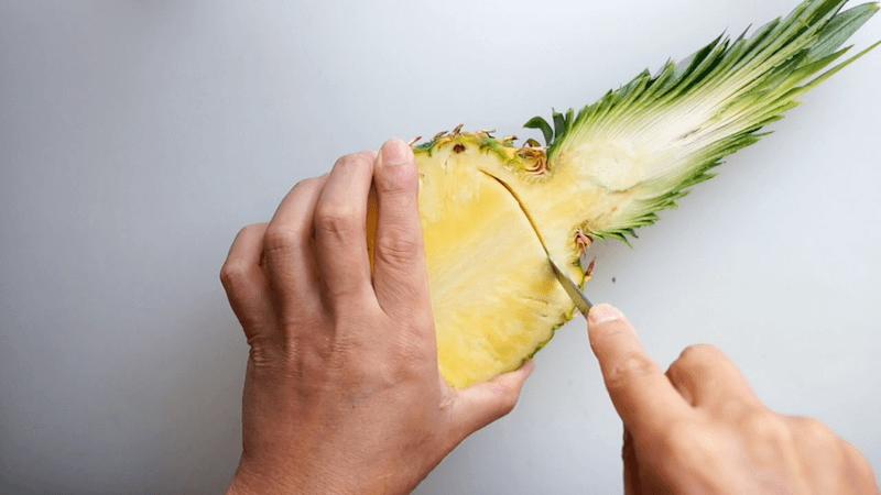 パイナップル飾り切りボート