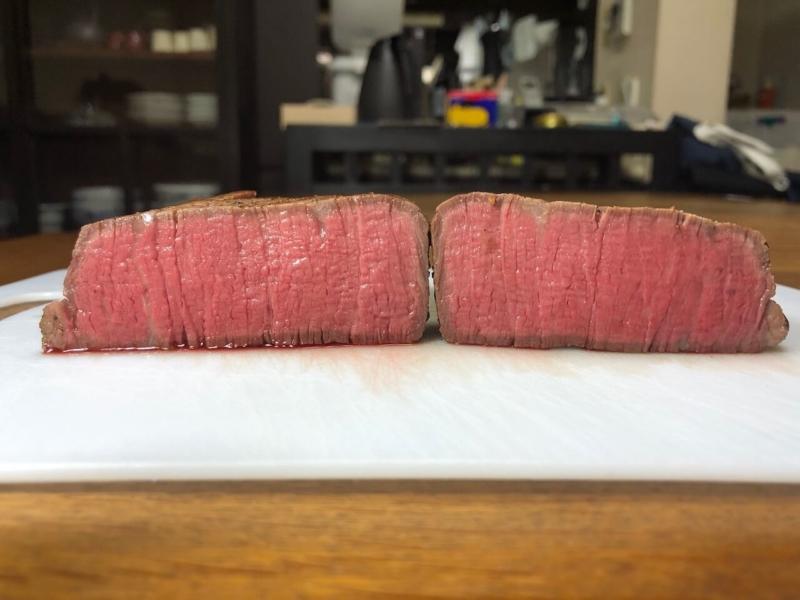 低温調理で牛ヒレステーキ29