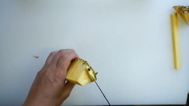 パイナップルの切り方-12