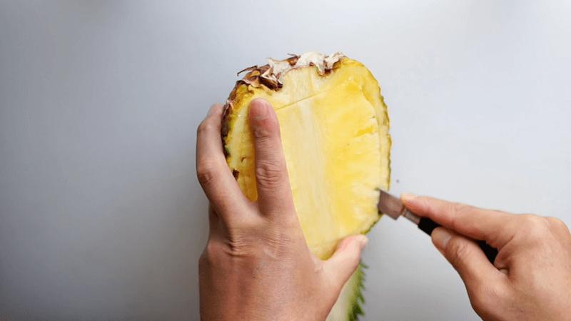 パイナップル飾り切りボート2
