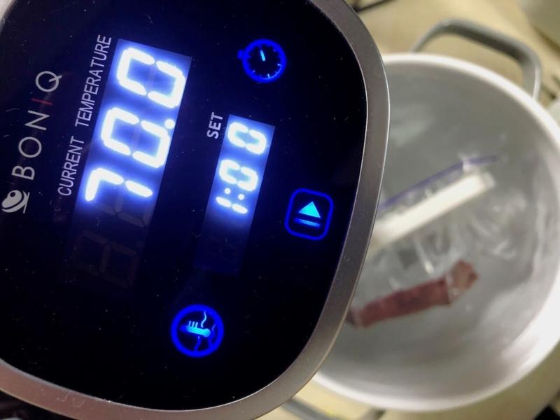低温調理で牛ヒレステーキ60