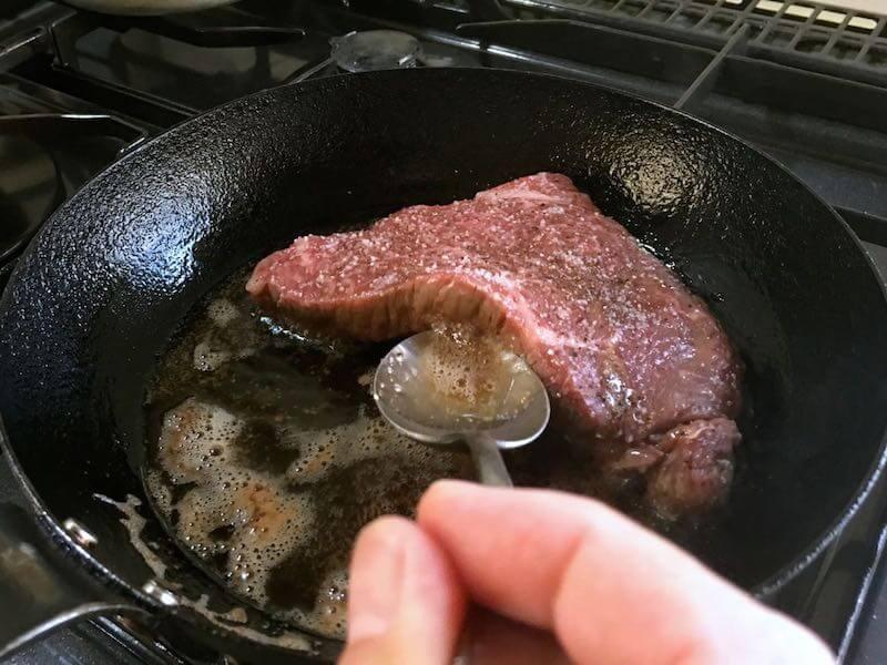 薄い牛肉のステーキの焼き方8