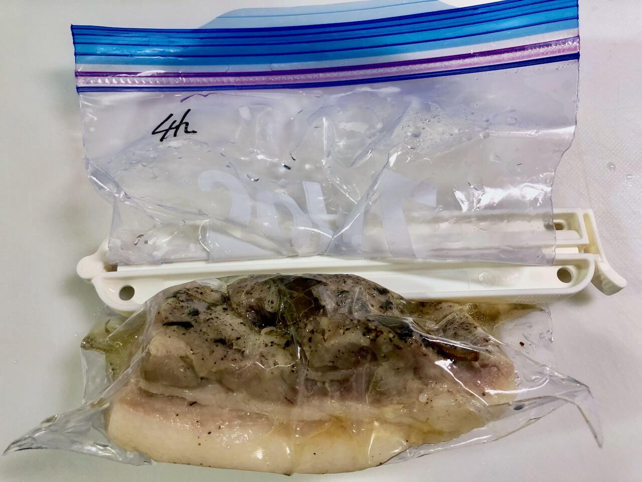低温調理豚バラ肉37