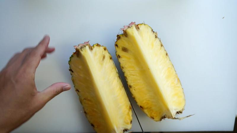 パイナップルの切り方-8