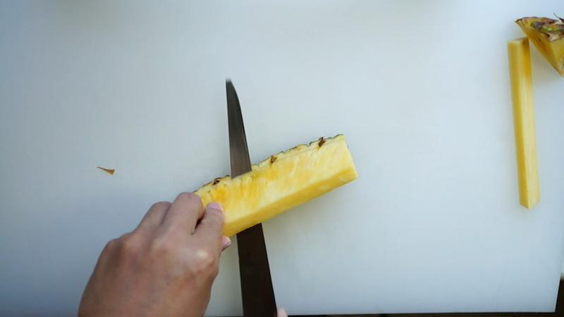 パイナップルの切り方-14