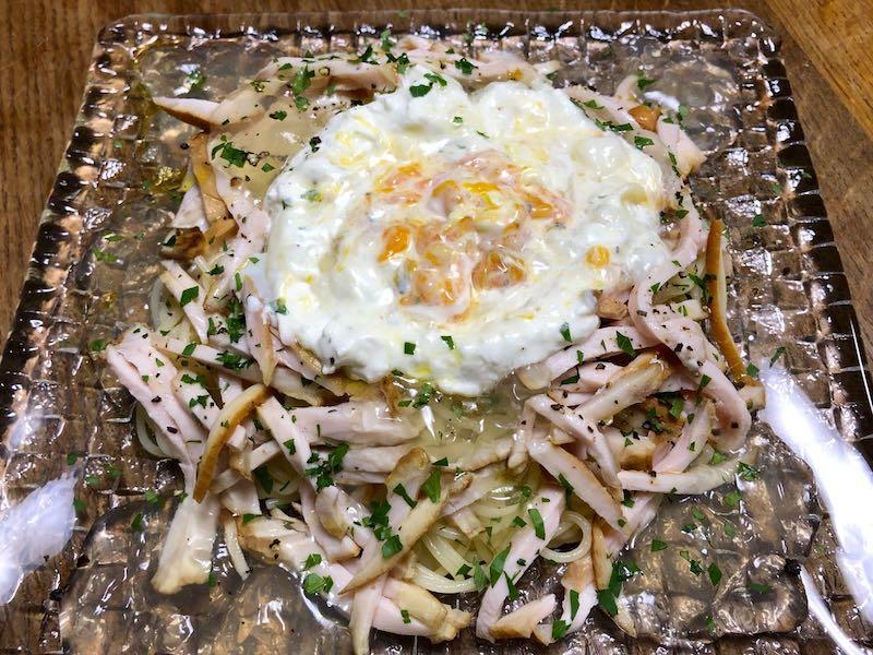 サラダチキンと温泉卵の冷製親子カルボナーラ28