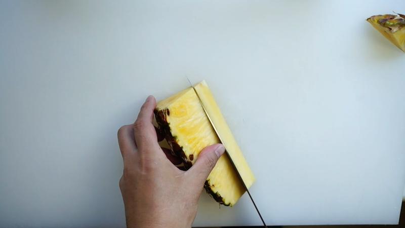 パイナップルの切り方-10