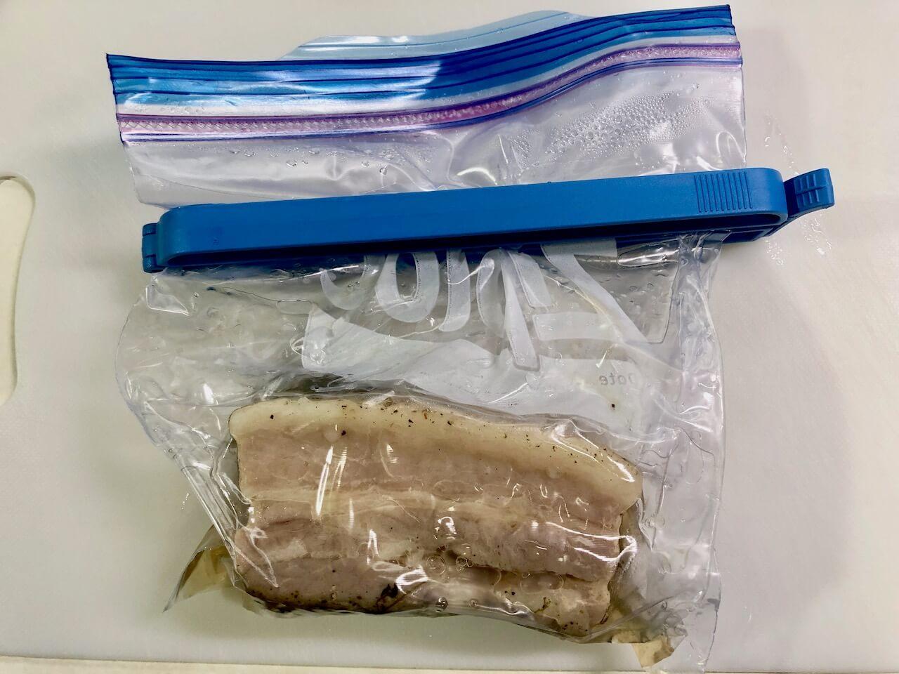 低温調理豚バラ肉28