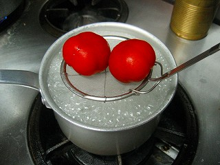 トマト湯むき3