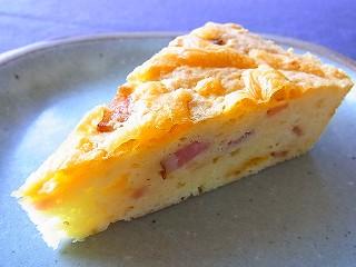 チーズとベーコンのタルト