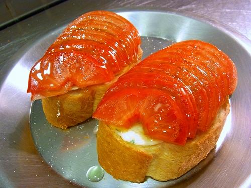フルーツトマトの焼きブルスケッタ9