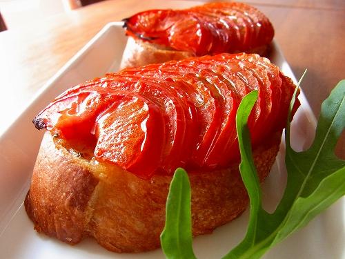 フルーツトマトの焼きブルスケッタ10