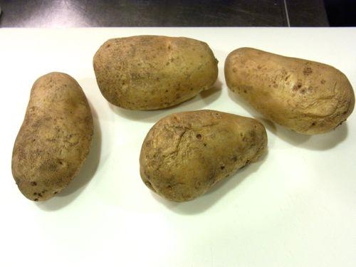スモークサーモンのポテトサラダ13