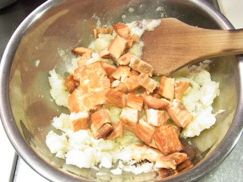 スモークサーモンのポテトサラダ3